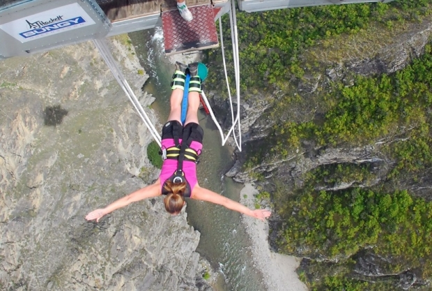 Aisleen Bungy Jump